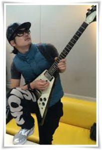 アレキサンドロス白井のギターの種類まとめ!川上洋平との音の違いも7